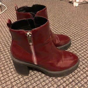 Steve Madden Burgundy Platform Ankle Boots